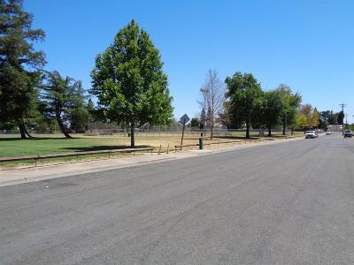 Sacramento Single Family Home For Sale: 6520 46th Street