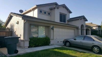 Single Family Home For Sale: 697 Arabesque Circle