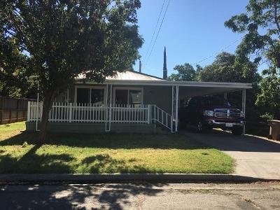 Hilmar Single Family Home For Sale: 8402 Birch Street