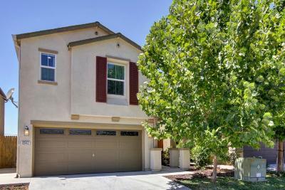 Sacramento CA Single Family Home For Sale: $312,500