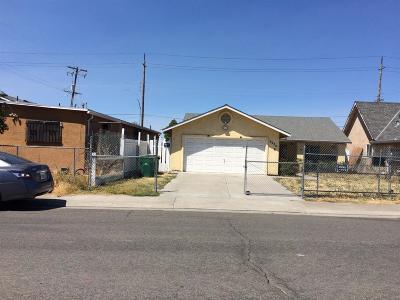 Stockton Single Family Home For Sale: 2935 Phelps