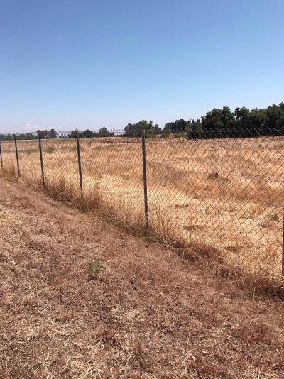 Sacramento County Commercial Lots & Land Pending Sale: 8104 El Verano Avenue