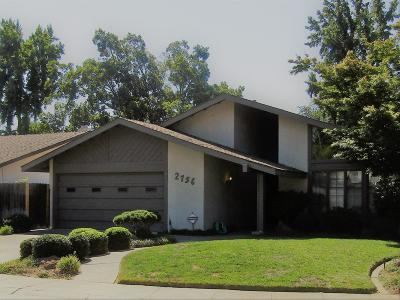 Sacramento Single Family Home For Sale: 2756 Catania Way
