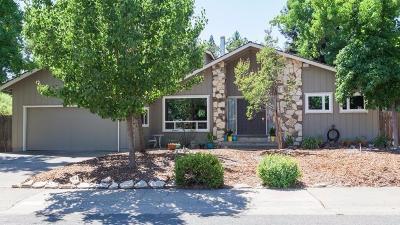 Carmichael Single Family Home For Sale: 3305 McCowan Way
