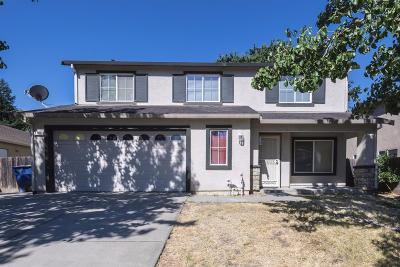 Sacramento CA Single Family Home For Sale: $399,000