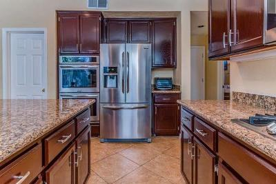 Stockton Single Family Home For Sale: 6481 Brook Hollow Circle