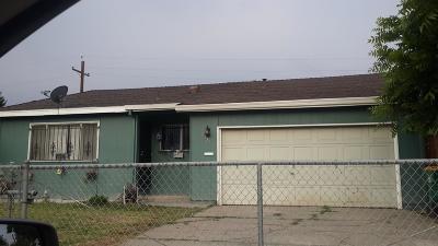 Stockton Single Family Home For Sale: 3325 Zamora Way