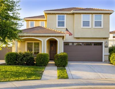 Rancho Cordova Single Family Home For Sale: 11885 Daisey Meadow Court