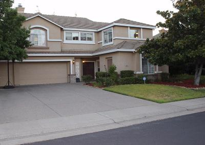 Folsom Single Family Home For Sale: 109 Cruickshank Drive