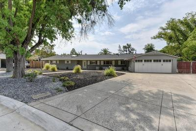 Sacramento Single Family Home For Sale: 2661 Creekside Lane