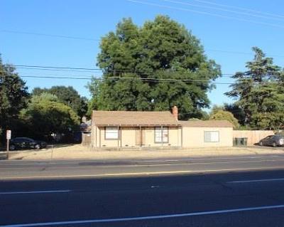 Carmichael Single Family Home For Sale: 2924 Walnut Avenue