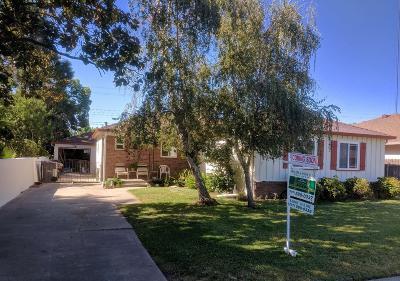 Lodi Single Family Home For Sale: 810 Windsor Drive