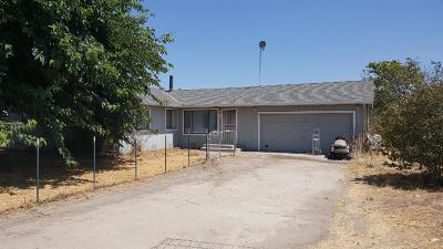Escalon Single Family Home For Sale: 16764 Lawrence Road