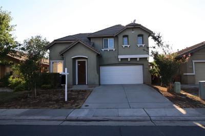 Elk Grove CA Single Family Home For Sale: $379,900