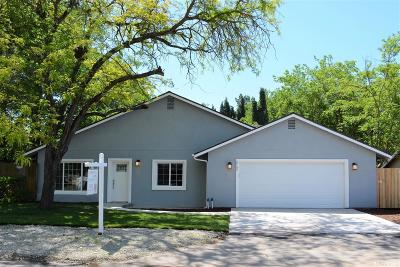 Sacramento Single Family Home For Sale: 2740 Maison Way