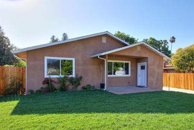 Sacramento Single Family Home For Sale: 1511 Rowena Way