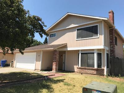 Sacramento Single Family Home For Sale: 2209 Coroval Drive