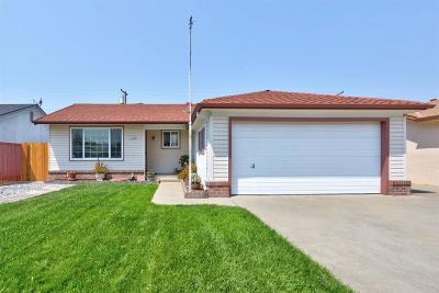 Lodi Single Family Home For Sale: 1247 Glenhurst Drive