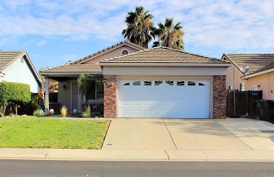 Roseville CA Single Family Home For Sale: $399,900