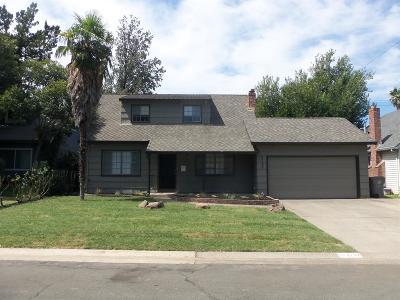 Sacramento Single Family Home For Sale: 2137 Surrey Road