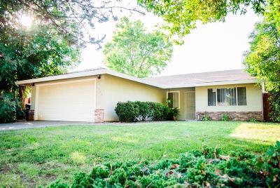 Sacramento County Single Family Home For Sale: 3786 Station Street