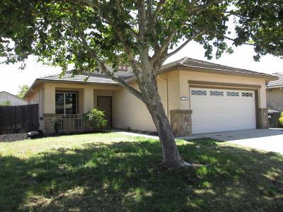 Sacramento Single Family Home For Sale: 7799 Dersingham Drive