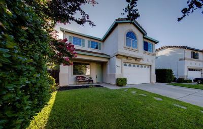 Roseville Single Family Home For Sale: 659 Bridgeford Drive