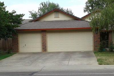 Elk Grove, Galt Single Family Home For Sale: 9355 Foulks Ranch Drive