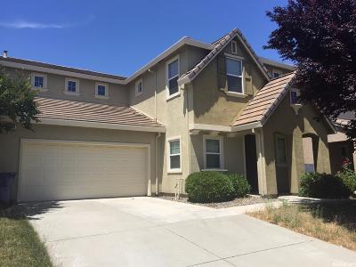 Sacramento Single Family Home For Sale: 8308 Silver Moon Way