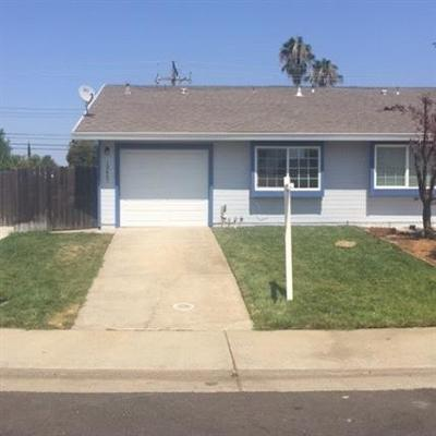 Rancho Cordova Single Family Home For Sale: 10467 Sierra Crest Drive