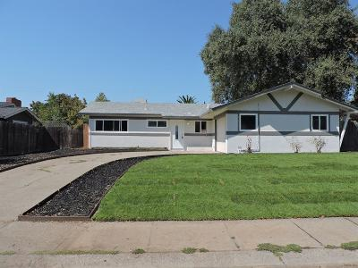 Citrus Heights Single Family Home For Sale: 7453 Summer Avenue