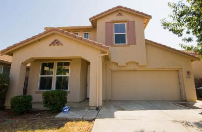 Single Family Home For Sale: 2936 North Platte Way