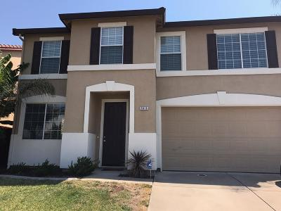 Elk Grove Single Family Home For Sale: 5816 Deepdale Way