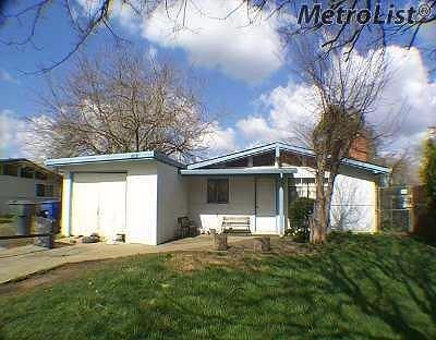 Sacramento Single Family Home For Sale: 8031 Capistrano Way