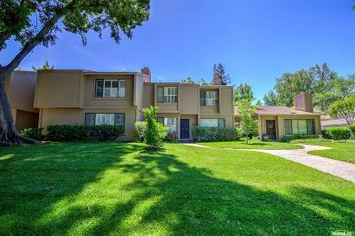 Sacramento Single Family Home For Sale: 907 Vanderbilt