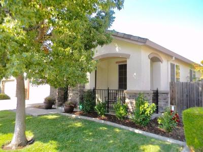 Single Family Home For Sale: 5743 Lolet Way