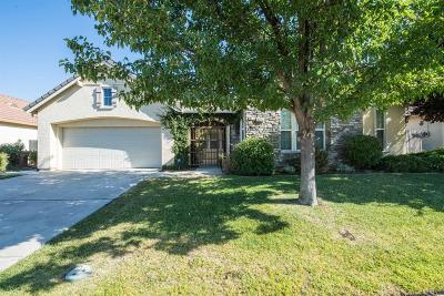 Elk Grove Single Family Home For Sale: 5415 Mariolyn Way