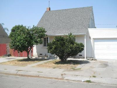 Lodi Single Family Home For Sale: 219 Cherry Street
