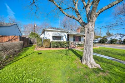Sacramento Single Family Home For Sale: 6031 Tahoe Way