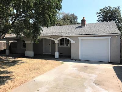 Sacramento Single Family Home For Sale: 2366 Empress Street