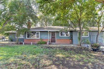 Single Family Home For Sale: 7910 Carmencita Avenue