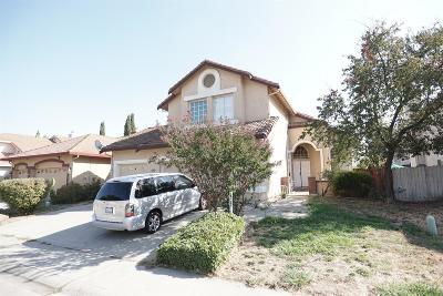 Elk Grove Single Family Home For Sale: 4306 Cornfield Way