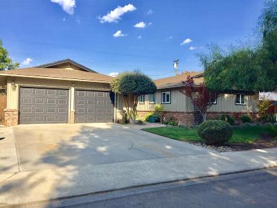 Turlock Single Family Home For Sale: 695 Camellia Street