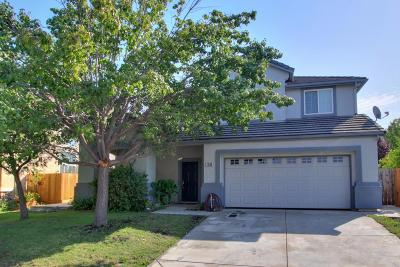 Roseville Single Family Home For Sale: 1580 Roadrunner Drive