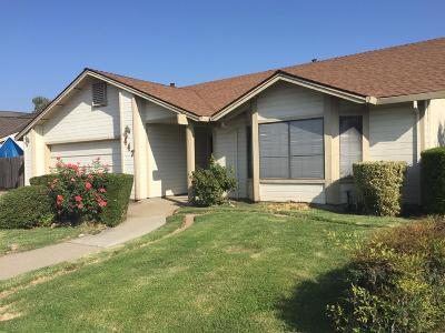 Manteca Single Family Home For Sale: 447 Fawn Court #447