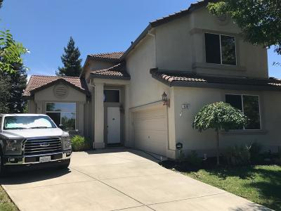 Single Family Home For Sale: 630 Eastbrook Circle