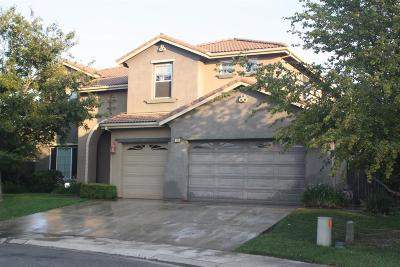Sacramento Single Family Home For Sale: 18 Lapis Court