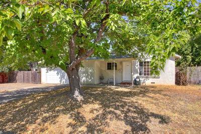 Carmichael Single Family Home Active Short Sale: 5627 Liggett Way