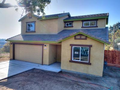 Modesto Single Family Home For Sale: 400 Fairway Drive