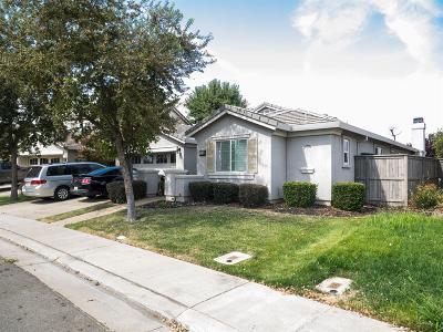 Rancho Cordova Single Family Home For Sale: 11785 Azalea Garden Way